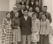 Doctorul, Ion Moiș, tânăr specialist, printre locuitorii satului Năpădeni, 1 mai 1960